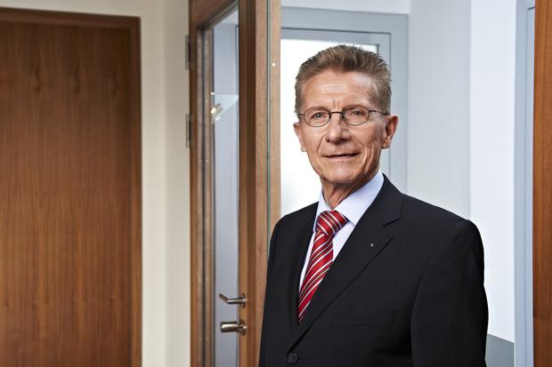 Herr Dr. Hesse