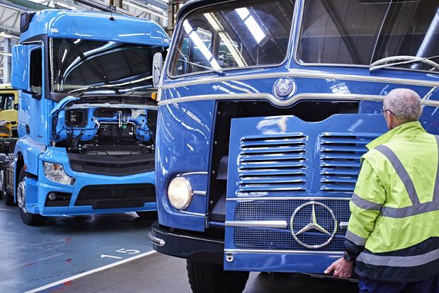 Mercedes-Benz LKW 7