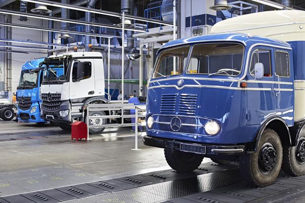 Mercedes-Benz LKW 9