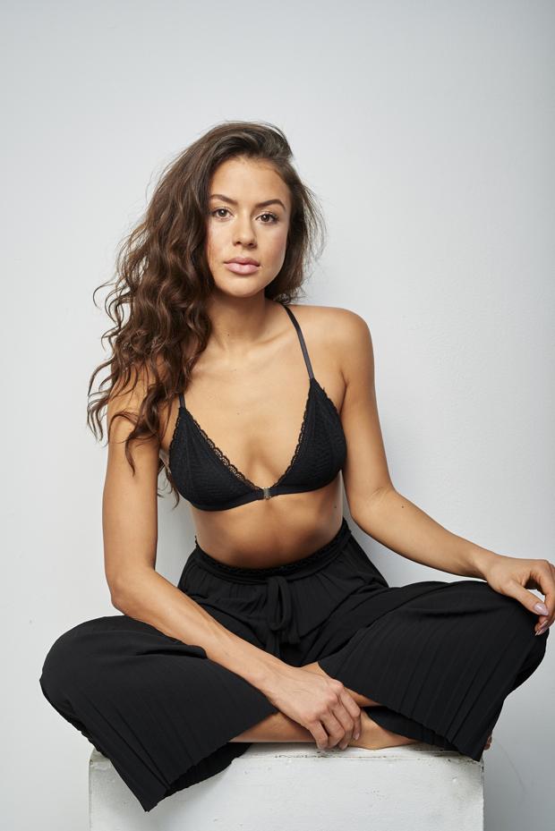 Laura 8