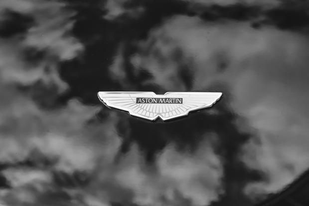 Aston Martin 8