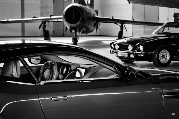 Aston Martin 18