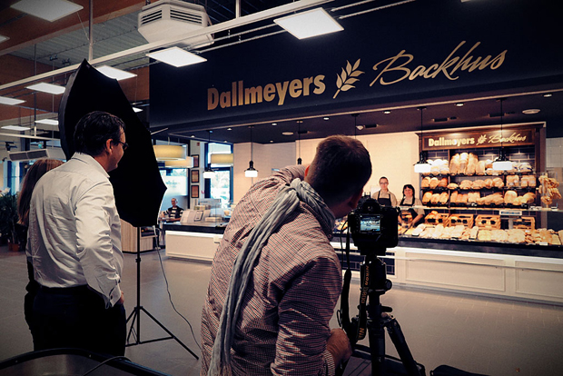Dallmeyers making off 1