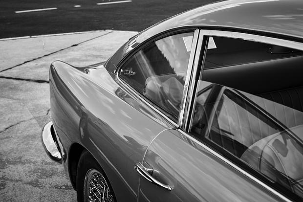 Aston Martin 6