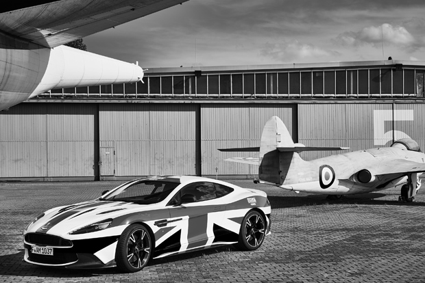 Aston Martin 16